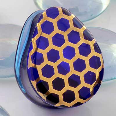 Glass Solid Color Teardrop Plugs (Honeycomb On Blue)