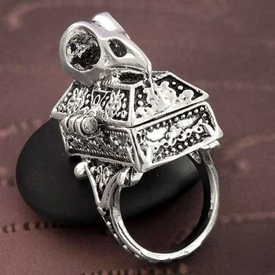 Bird Skull Poison Ring