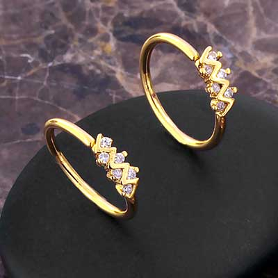 Jeweled Zigzag Seamless Ring