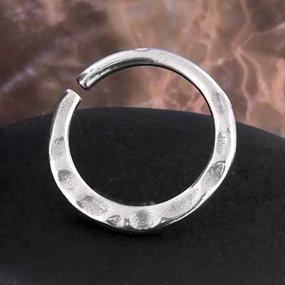 Textured Seamless Ring