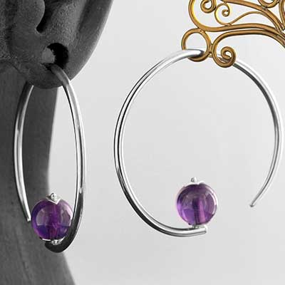 Silver Round Dew Drop Design with Amethyst