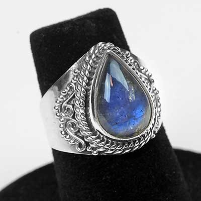 Ornate Labradorite Teardrop Ring