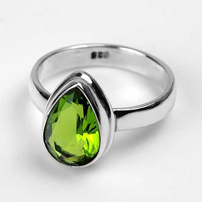 Teardrop Peridot Ring