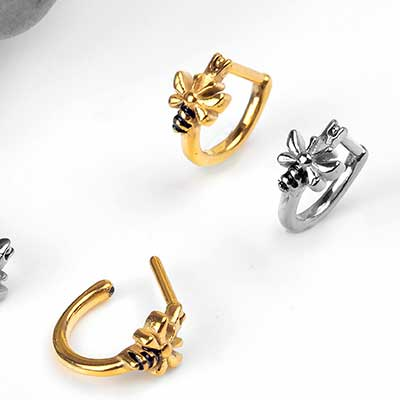 Side Set Bumble Bee Clicker Ring