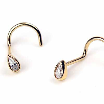 14K Gold Gemmed Teardrop Nosescrew