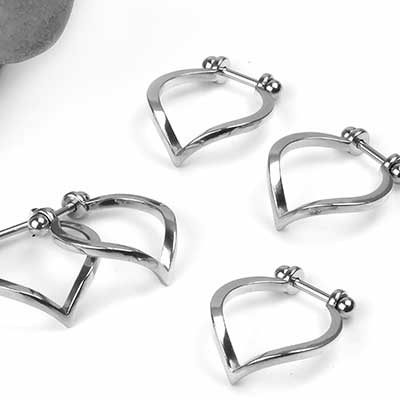 Steel Point Conch Ring