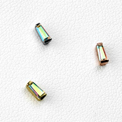 Solid 14k Gold Tapered Baguette Threadless End with Mercury Mist