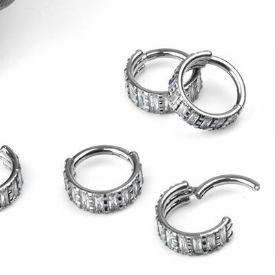 Titanium Side-Set Rectangle Gem Clicker