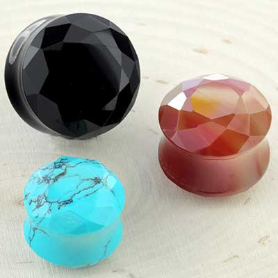 Faceted Plugs