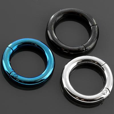 Titanium clicker ring